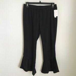 New Abound Black Ruffle Hem Cropped Knit Leggings